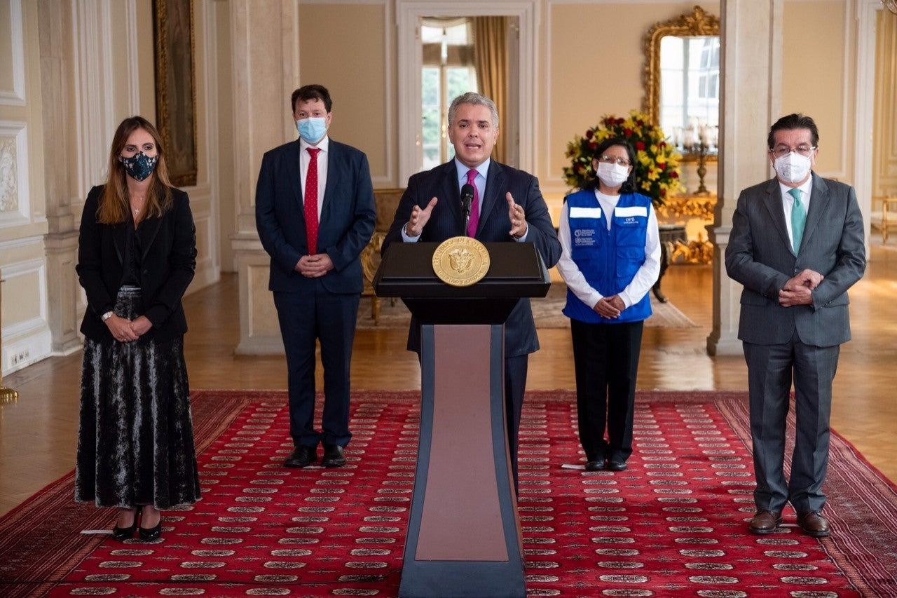 Presidente de Colombia,  Iván Duque anuncia el arribo de las vacunas contra COVID-19.