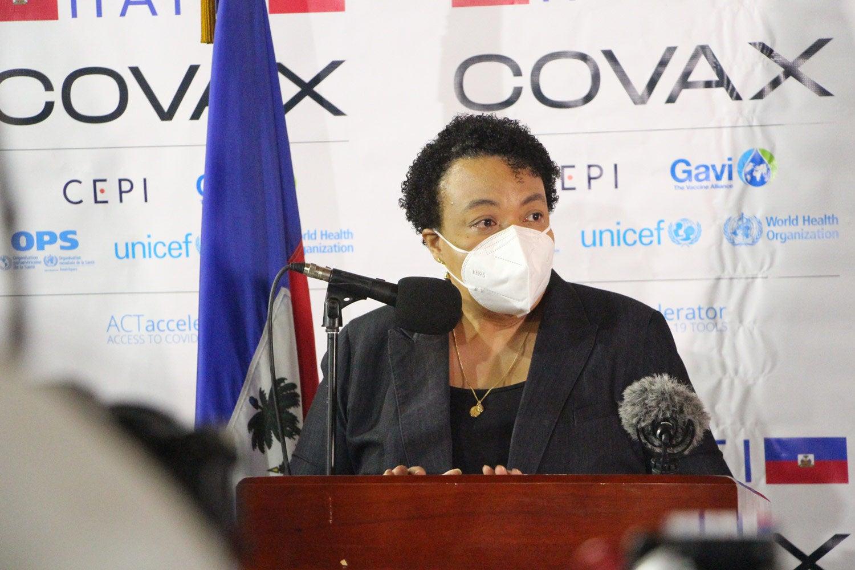 doctora Marie Gréta Roy Clément, ministra de Salud Pública y Población de Haití