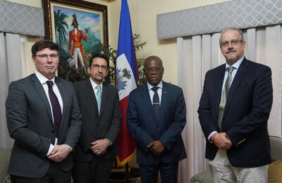 he Director of the Department of Health Systems and Services at the Pan American Health Organization (PAHO/WHO), James Fitzgerald, met with the Prime Minister of the Republic of Haiti, Joseph Jouthe