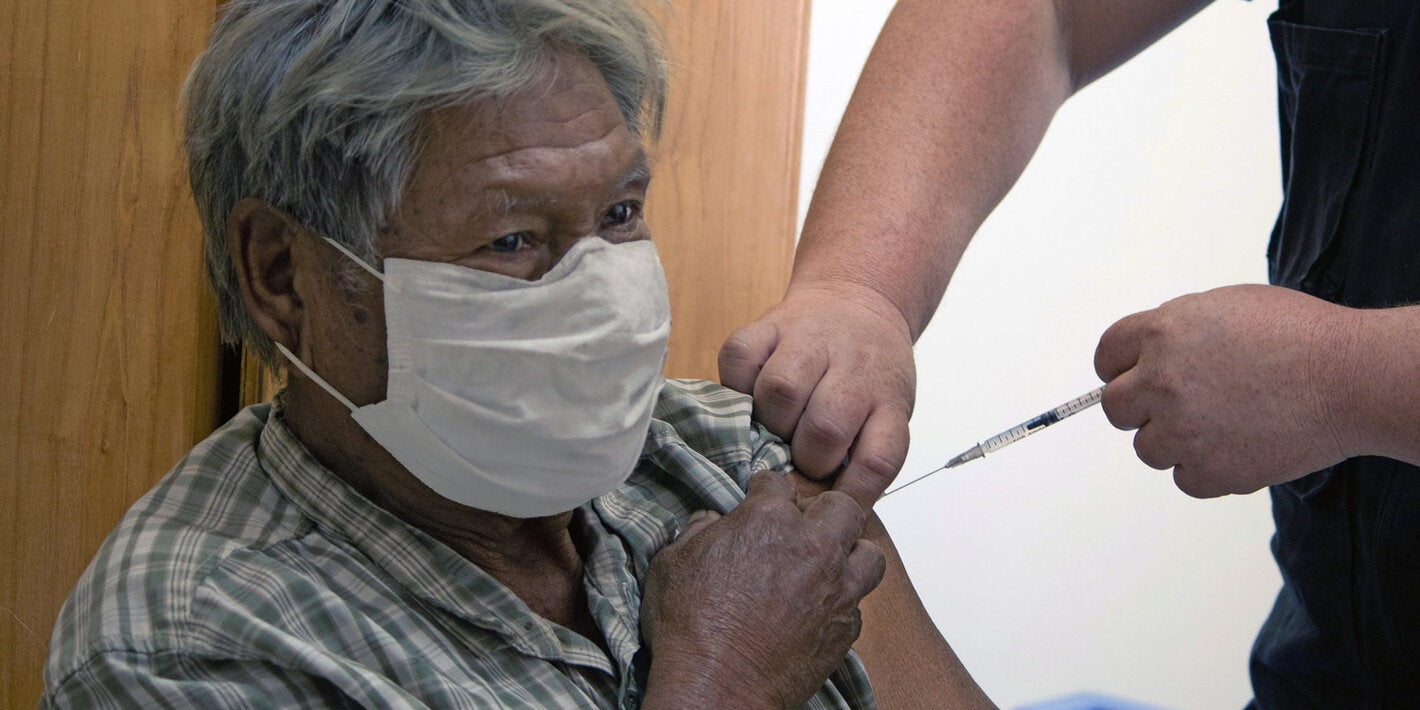 Vaccination of indigenous communities in Paraguay